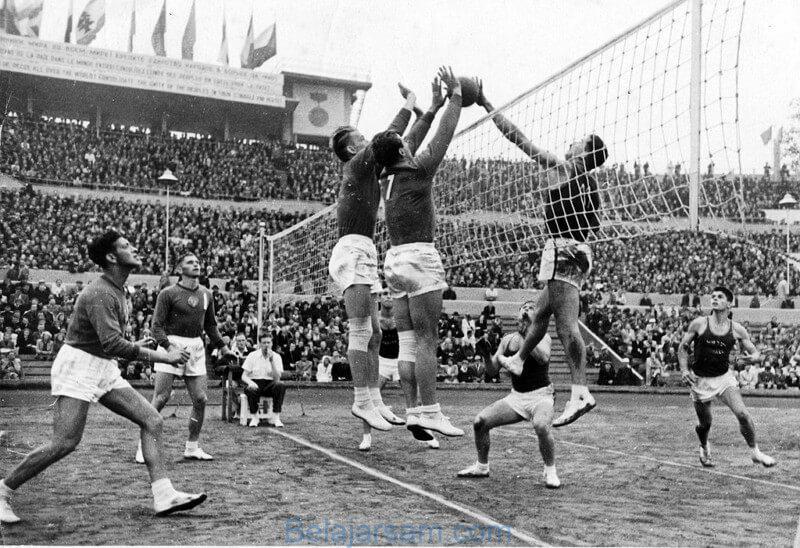 sejarah permainan bola voli atau mintonette